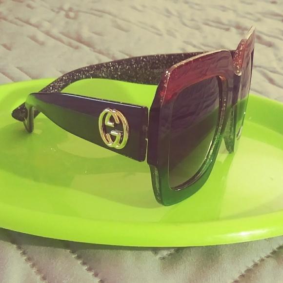 5ef1e748c904 Gucci Accessories - GUCCI GLITTERED GRADIENT OVERSIZED SQUARE SUNGLASS